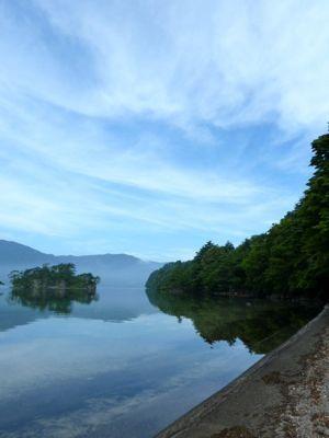 十和田湖01.jpg